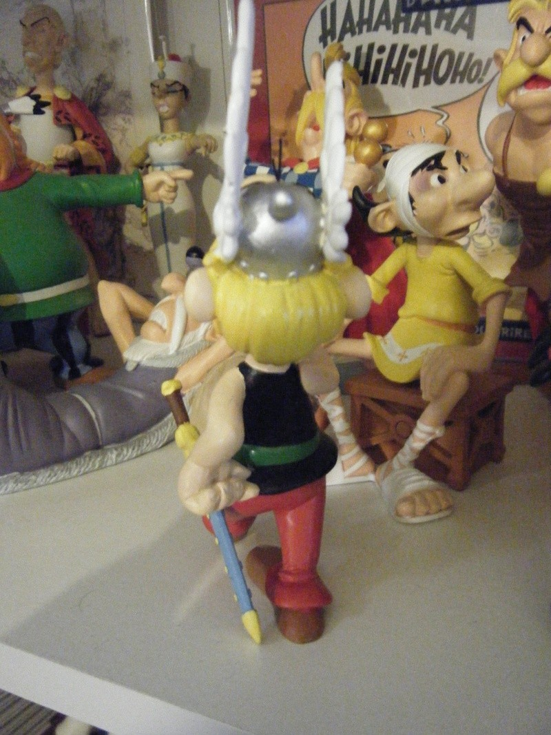 « Astérix, la grande galerie des personnages » - Hachette-Collections (2011-2012) - Page 5 Dscf0337