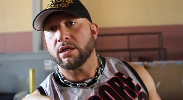 Une Top Star de la TNA quitterait la compagnie Bully_10