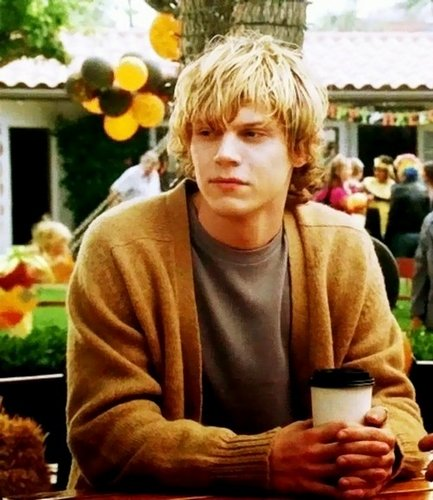 EVAN PETERS Evan-p10