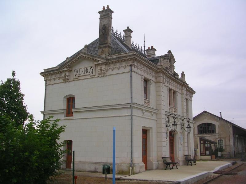 Pk 234,7 : Gare de Valençay (36) Dscn0413