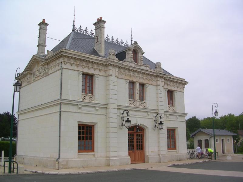 Pk 234,7 : Gare de Valençay (36) Dscn0414