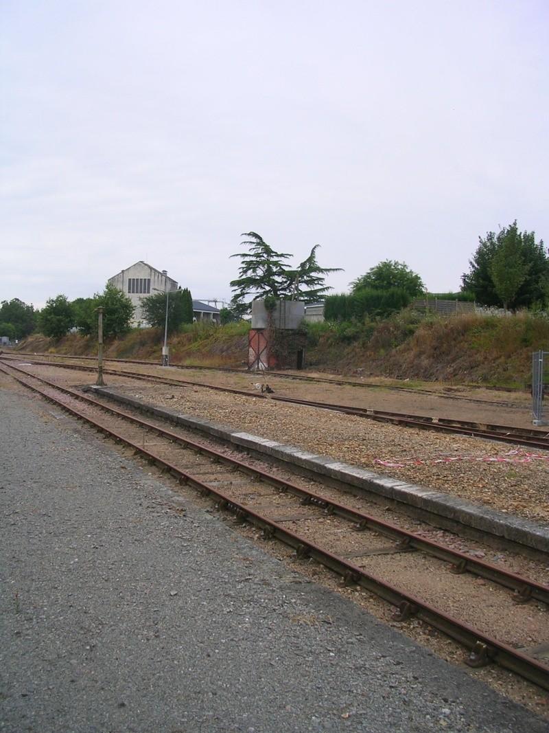 Pk 234,7 : Gare de Valençay (36) Dscn0416