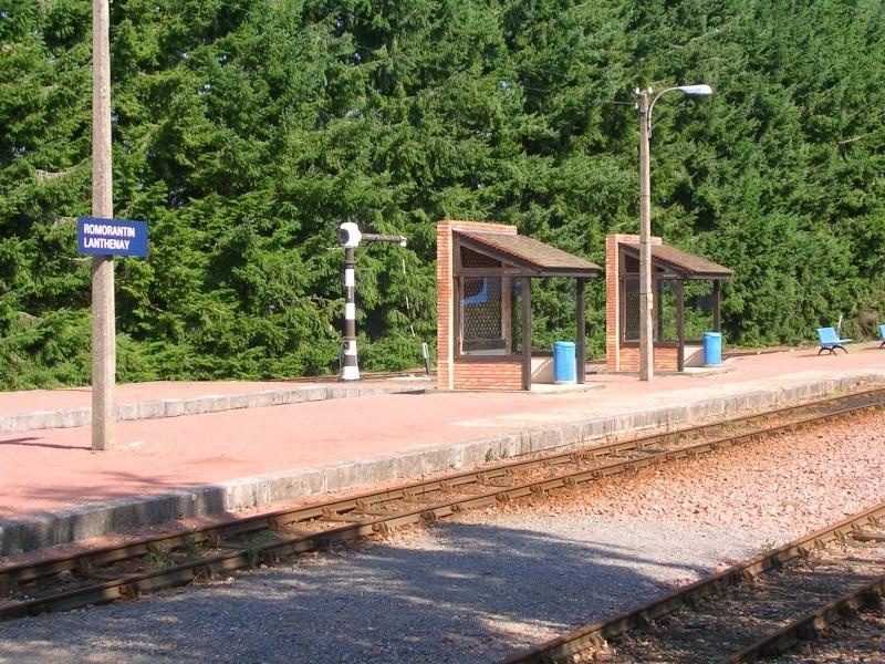 Pk 207,2 : Gare de Romorantin-Lanthenay (41) Dscn0424