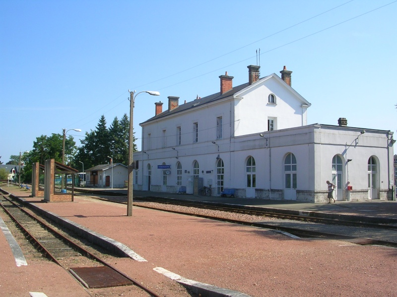 Pk 207,2 : Gare de Romorantin-Lanthenay (41) Dscn0425