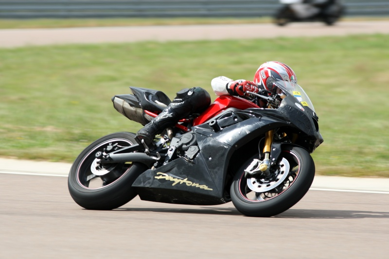 triumph track day, stage avec BMC Img_0112