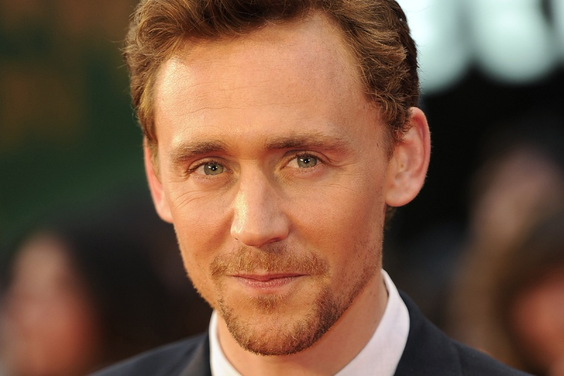 TOM HIDDLESTON Tom_hi10