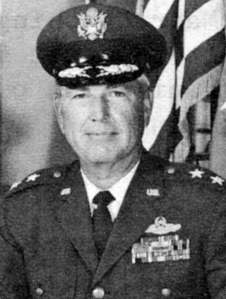 Lewis R Hendricks - 464th bomb group - POW 09123110
