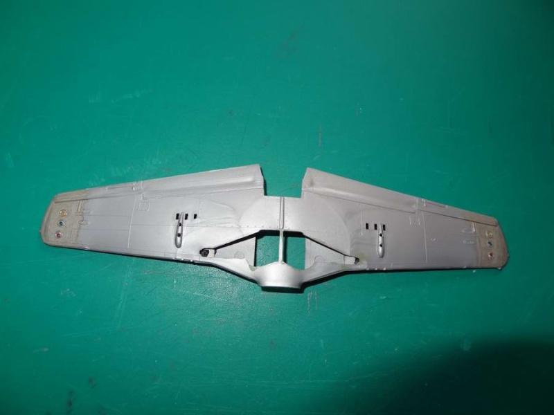Heller P-51D mustang 1/72 003_p512