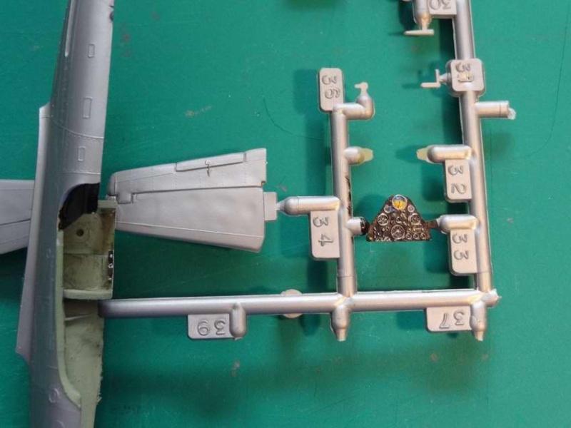 Heller P-51D mustang 1/72 004_p510
