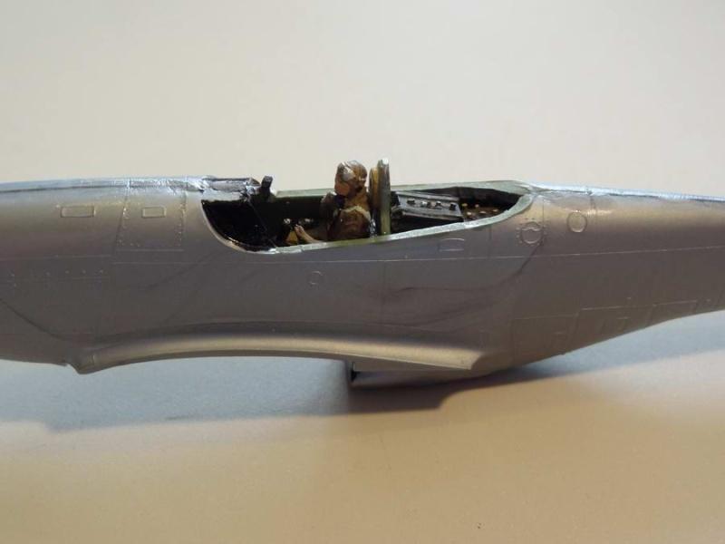Heller P-51D mustang 1/72 007_mu14