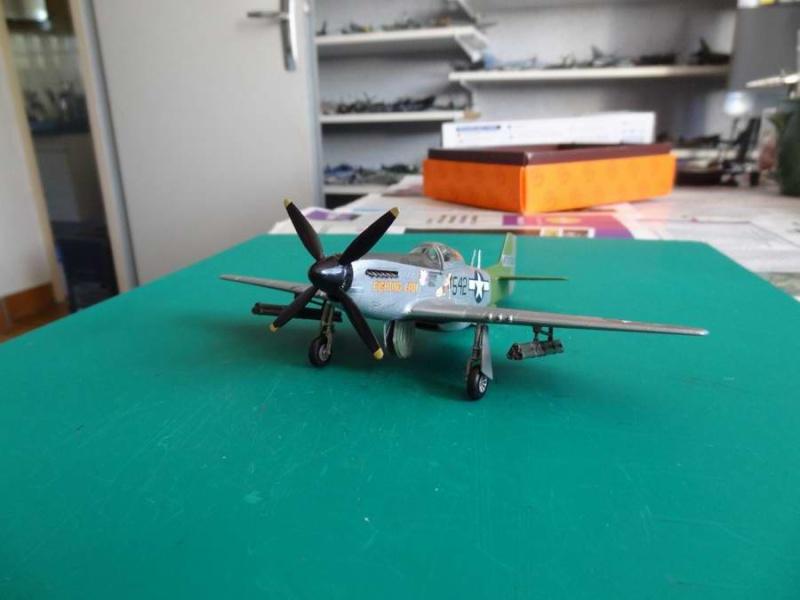 hasegawa P-51D mustang 1/72 TERMINE - Page 2 019_mu10