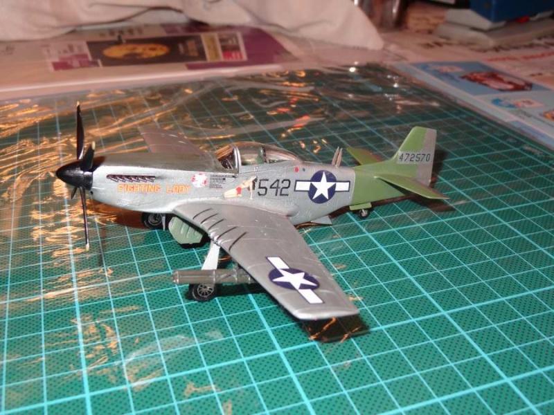 hasegawa P-51D mustang 1/72 TERMINE - Page 2 021_mu11
