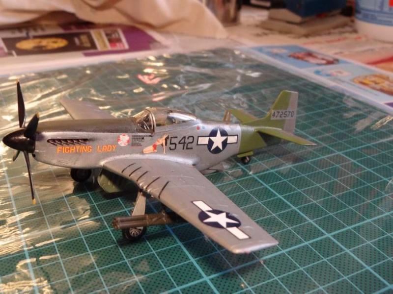hasegawa P-51D mustang 1/72 TERMINE - Page 2 021_mu12