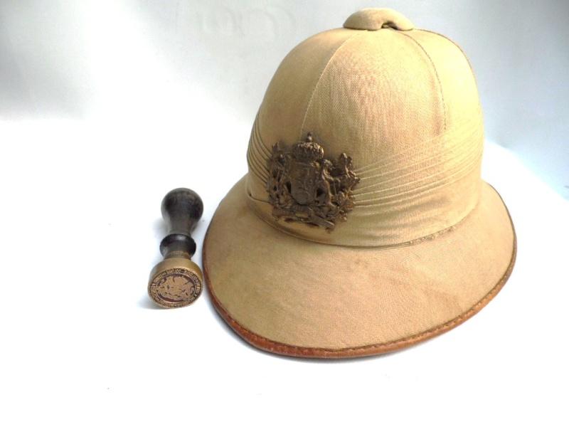Montrez vos casques tropicaux - Page 2 Veilin13