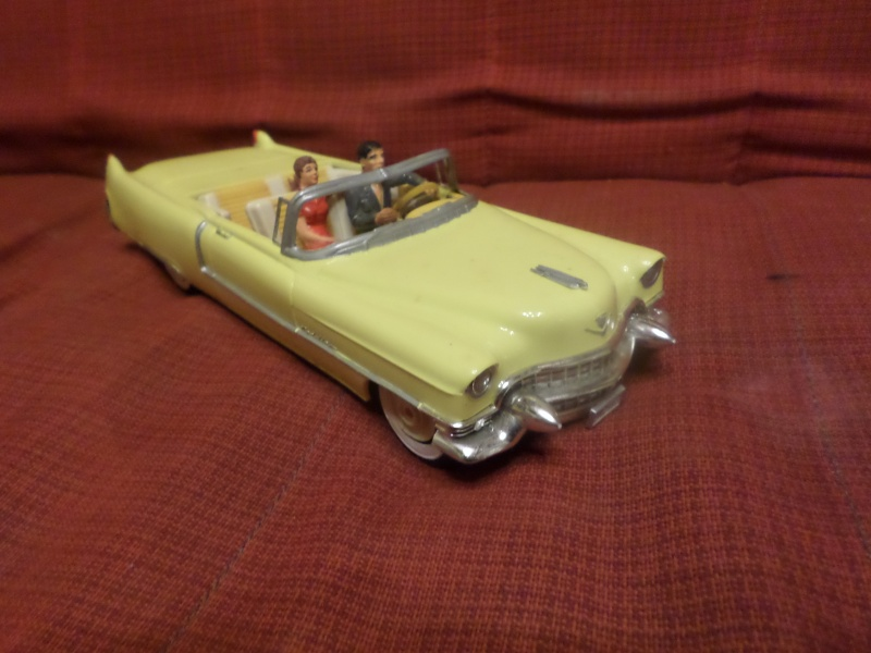 Cadillac 1955 Coupe De ville - Monogram - 1/20 scale Sam_1513