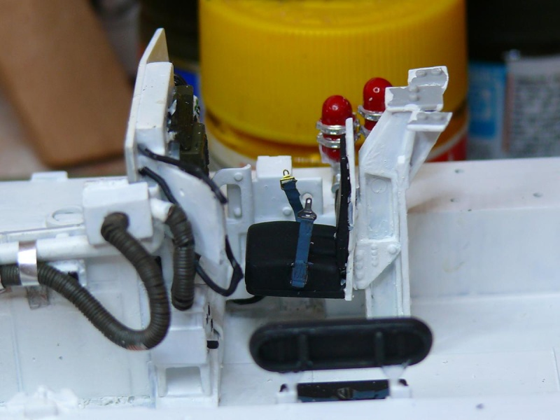 STRYKER M1129 MORTAR CARRIER VEHICLE de TRUMPETER au 1/35 - Page 2 Phot1169