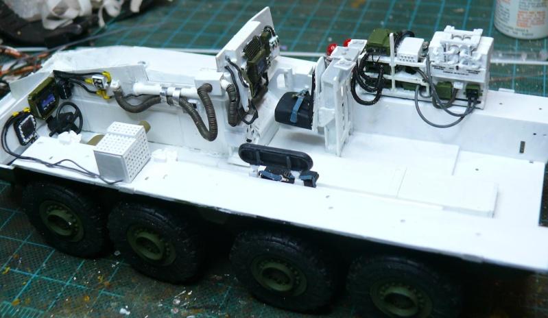 STRYKER M1129 MORTAR CARRIER VEHICLE de TRUMPETER au 1/35 - Page 2 Phot1178