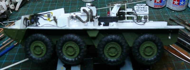 STRYKER M1129 MORTAR CARRIER VEHICLE de TRUMPETER au 1/35 - Page 2 Phot1184
