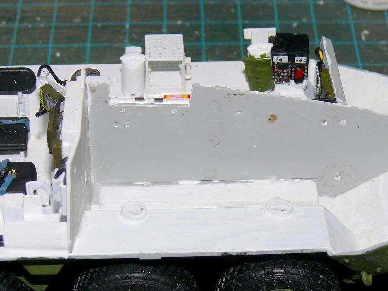 STRYKER M1129 MORTAR CARRIER VEHICLE de TRUMPETER au 1/35 - Page 2 Phot1201