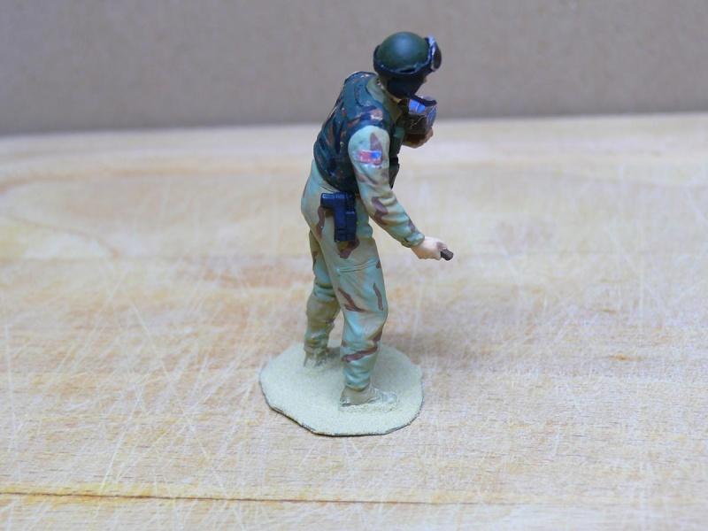 STRYKER M1129 MORTAR CARRIER VEHICLE de TRUMPETER au 1/35 - Page 7 Phot1356