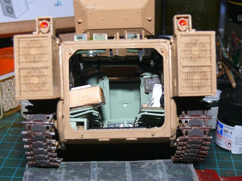 M2A3 BRADLEY With BUSK III de MENG au 1/35  - Page 3 Photo476