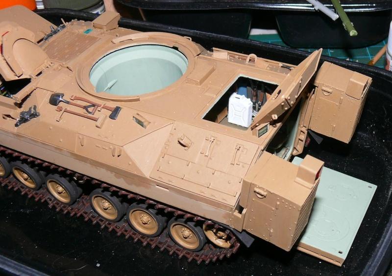 M2A3 BRADLEY With BUSK III de MENG au 1/35  - Page 3 Photo479
