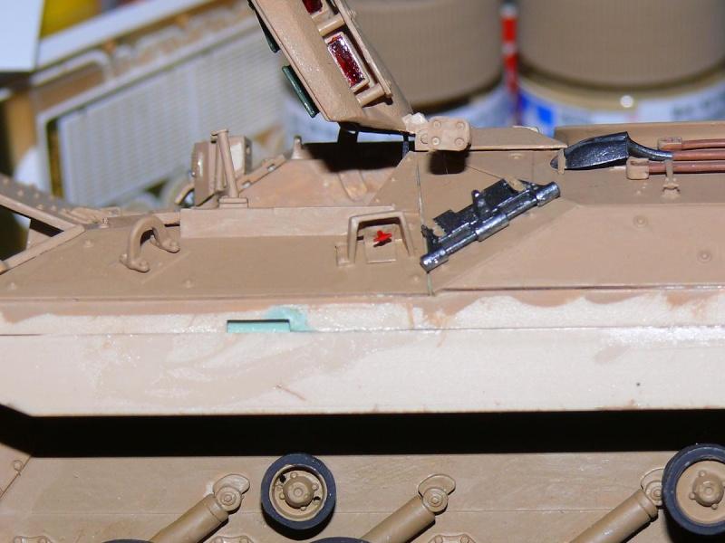 M2A3 BRADLEY With BUSK III de MENG au 1/35  - Page 3 Photo737