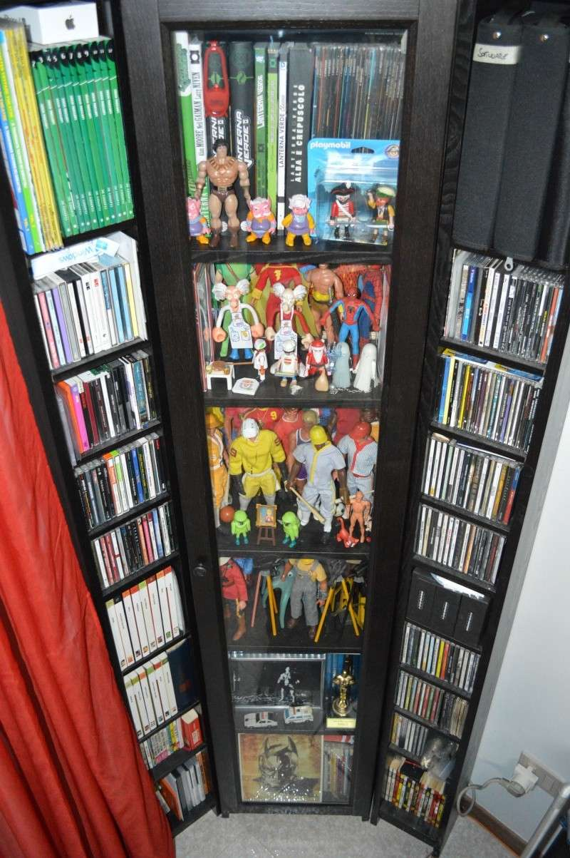 1/6 COLLECTION: HOT TOYS, SIDESHOW, DC DIRECT DELUXE AND MANY MORE Dsc_1011