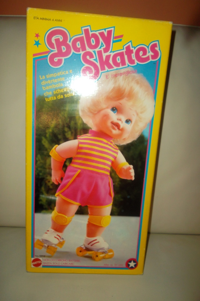 BABY SKATES MATTEL MADE IN ITALY. MINT. 04810