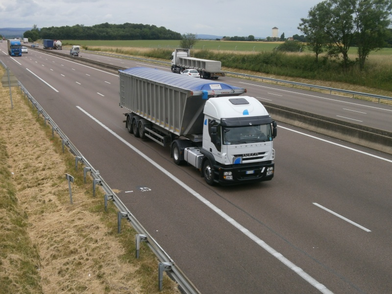 Iveco Stralis  - Page 6 P6240219