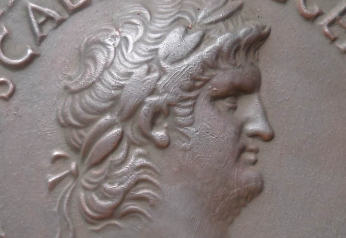 Mon projet : réaliser des reproductions de monnaies antiques - Page 3 Alectr10