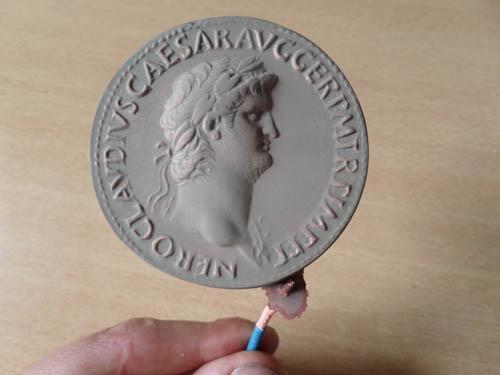 Mon projet : réaliser des reproductions de monnaies antiques - Page 3 Atape_13