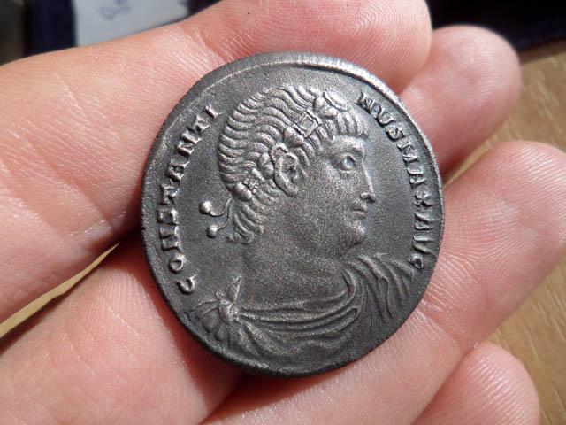 Mon projet : réaliser des reproductions de monnaies antiques Consta10