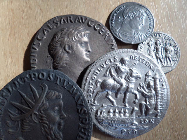 Mon projet : réaliser des reproductions de monnaies antiques Fritta10