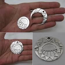 Nouveau concours Metal clay Europe : Le soleil la lune et les étoiles ! Mydail10