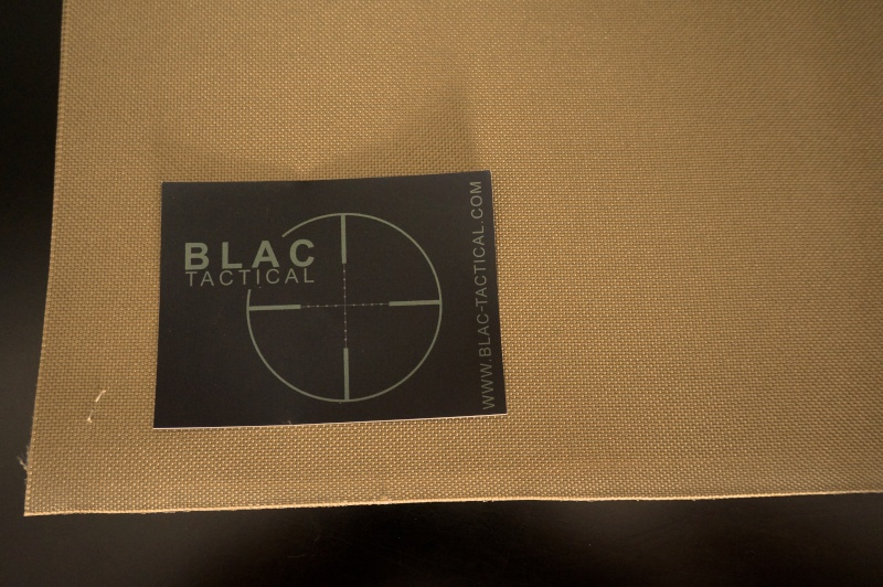 Nouveaux Tissus B L A C Dsc00629