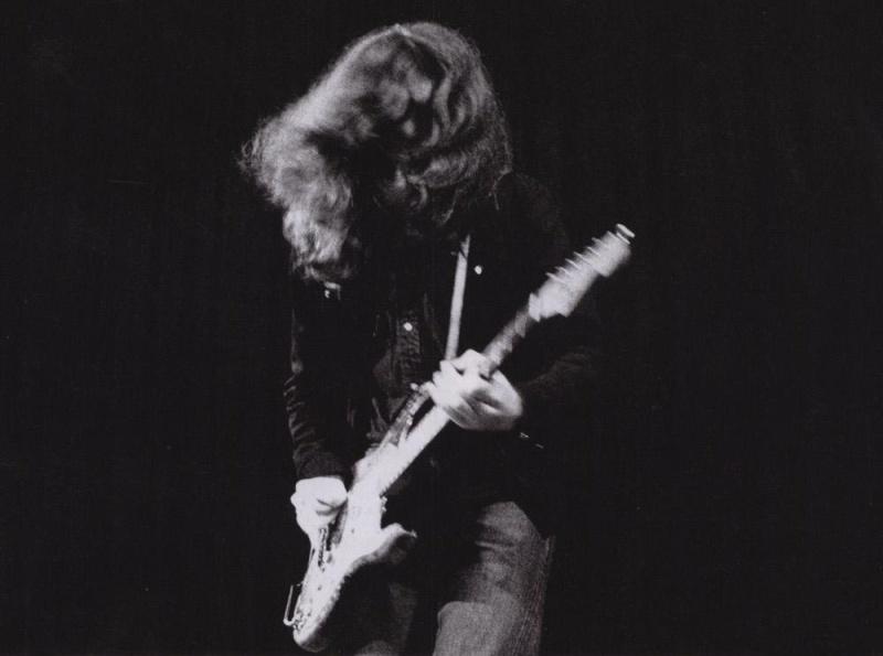 Photos en vrac - Page 30 Guitar10