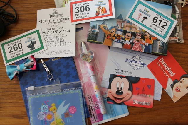 Le Pin Trading à Disneyland Paris - Page 5 Img_0317