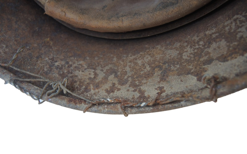 Casque allemand grillagé Dscn5735