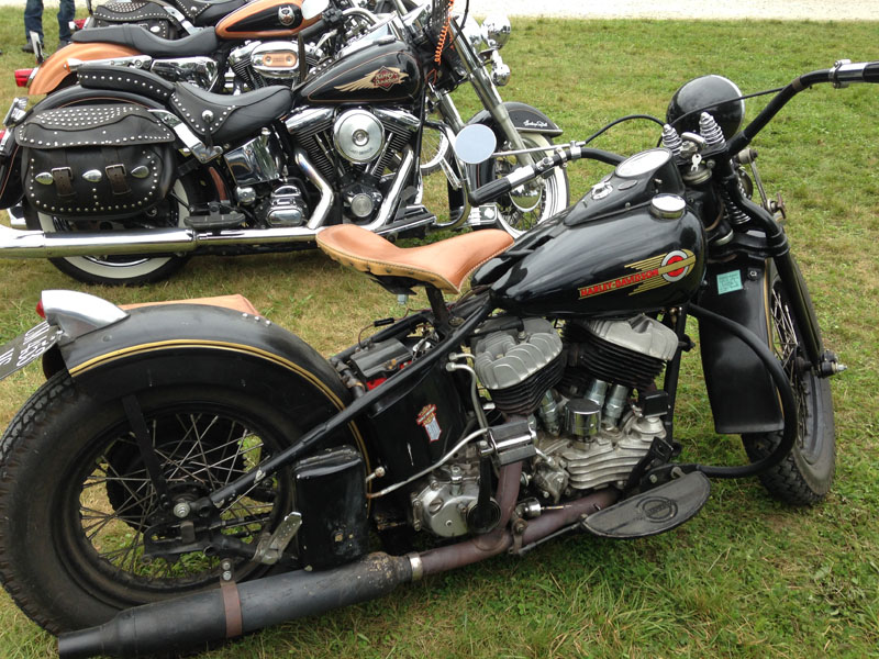 Les vieilles Harley....(ante 84) par Forum Passion-Harley - Page 38 Img_1030