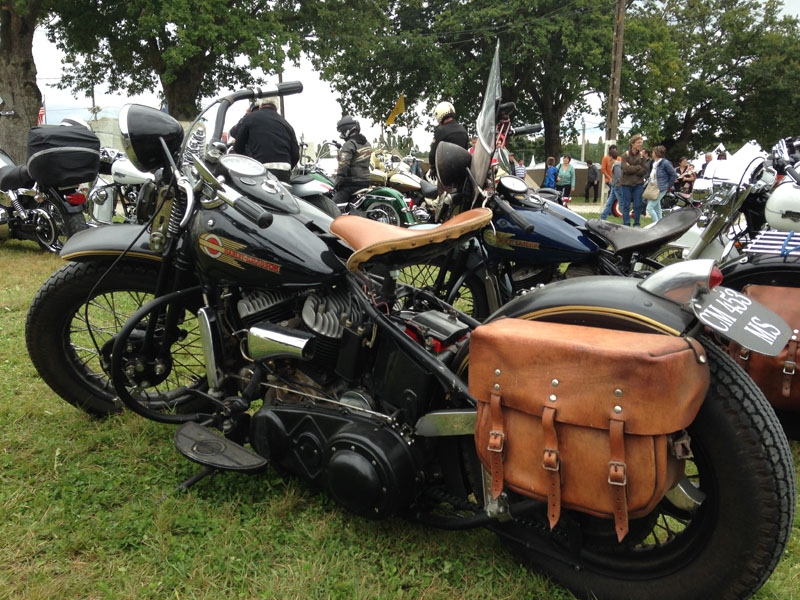 Les vieilles Harley....(ante 84) par Forum Passion-Harley - Page 38 Img_1031