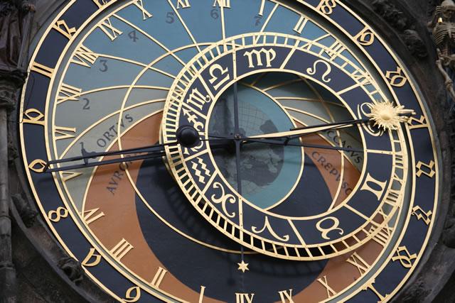 Horloge et temps - Page 2 Horlog11