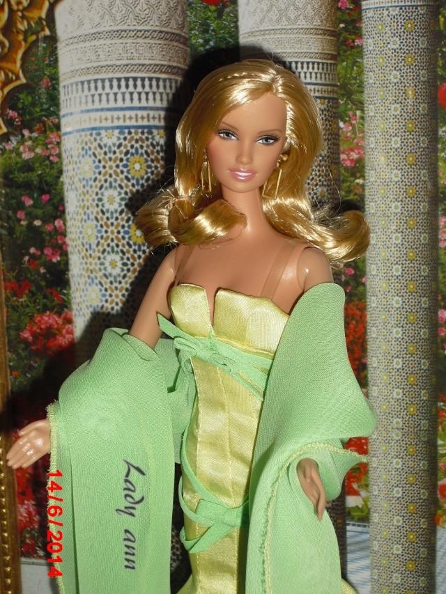 Dans l'antre de Lady Ann: photo de quelque miss B - Page 12 Cimg1014