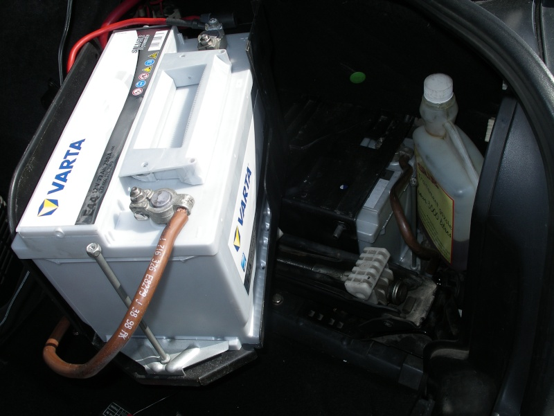 730D E38 Pose d'une 2ème batterie  Imgp4116