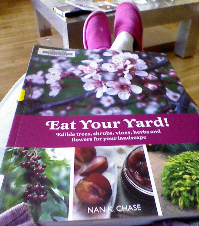 Other Gardening Books! - Page 3 Img_2084