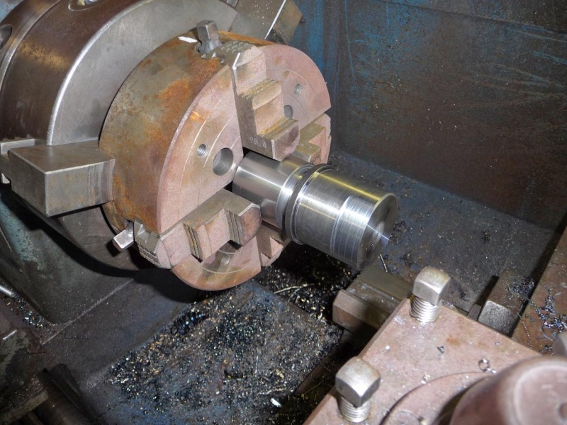 Un broyeur, où plutôt un applatisseur à grains P1040316