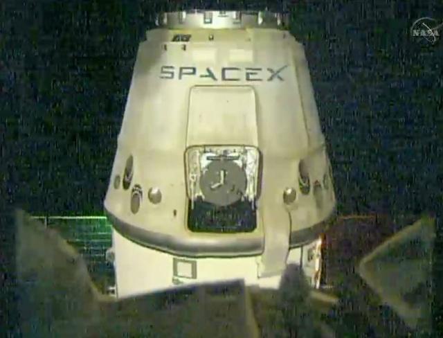 Lancement de la capsule ravitaillement Dragon CRS-4 / SpaceX Falcon 9 / 21 septembre 2014 10557110