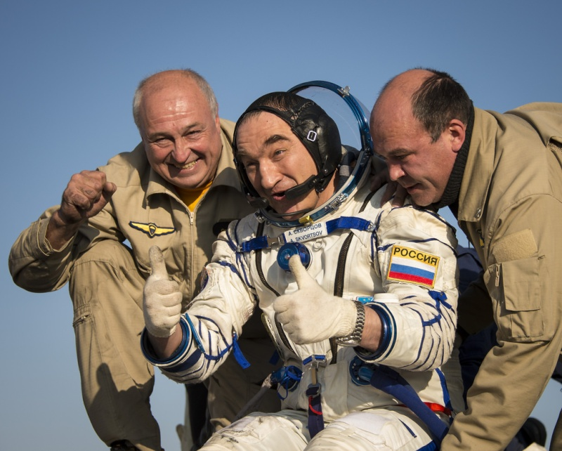 Soyouz TMA-12M / Expedition 39 - 40 / Mission 15181610