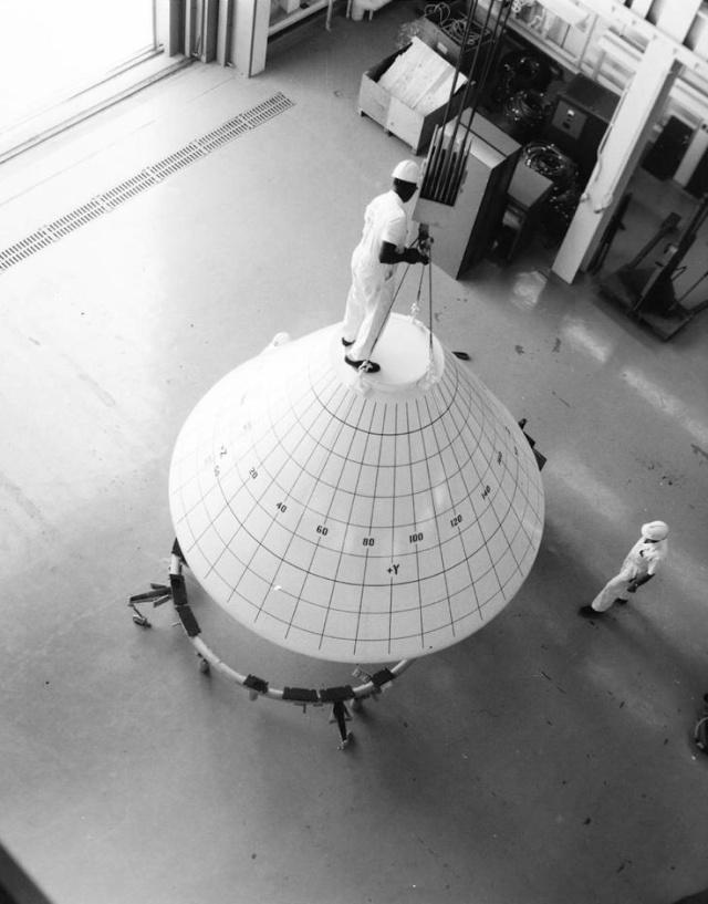 Programme Apollo (autre que les missions) - Le Programme - Rares Documents, Photos, et autres ... Apollo12