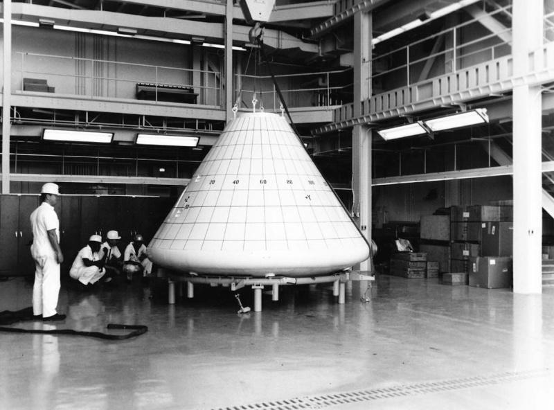 Programme Apollo (autre que les missions) - Le Programme - Rares Documents, Photos, et autres ... Apollo14